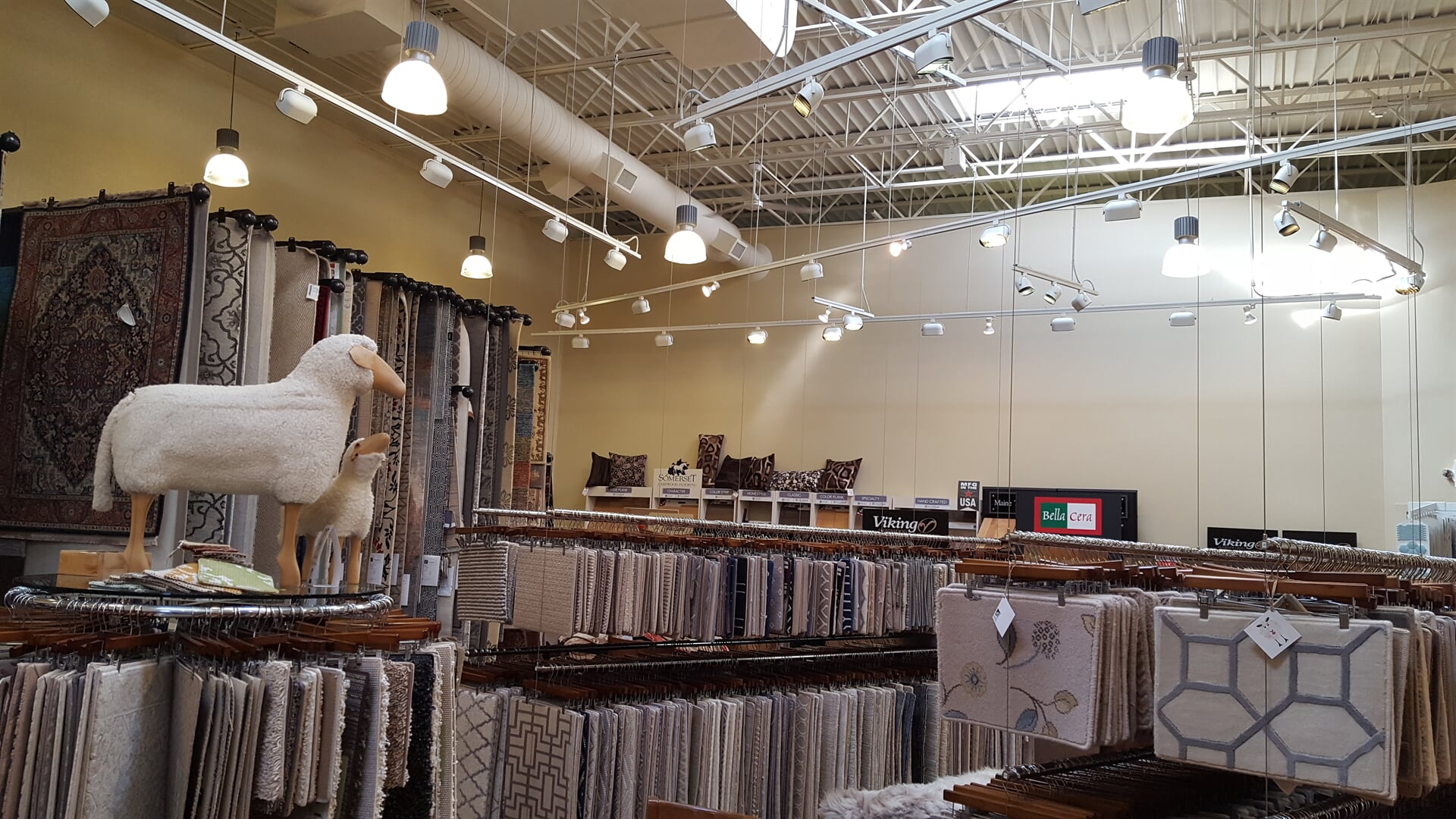 The Carlson's Floors showroom in Geneva, IL