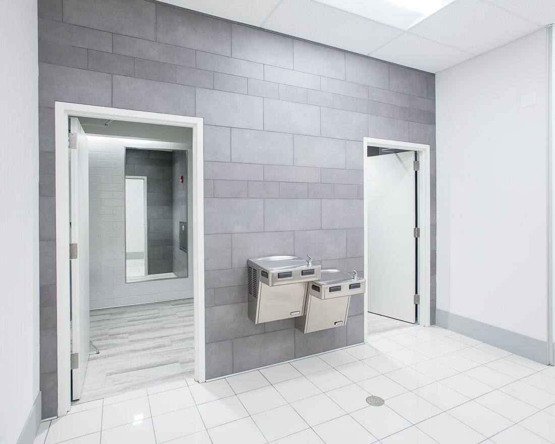 Bathroom design at Burlington in Burbank, IL from Carlson's Floors