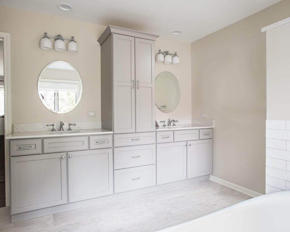 Bathroom vanity in Batavia, IL from Carlson's Floors