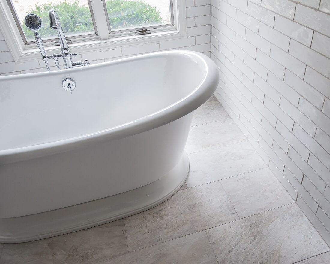 Master bathroom remodel in Batavia, IL from Carlson's Floors