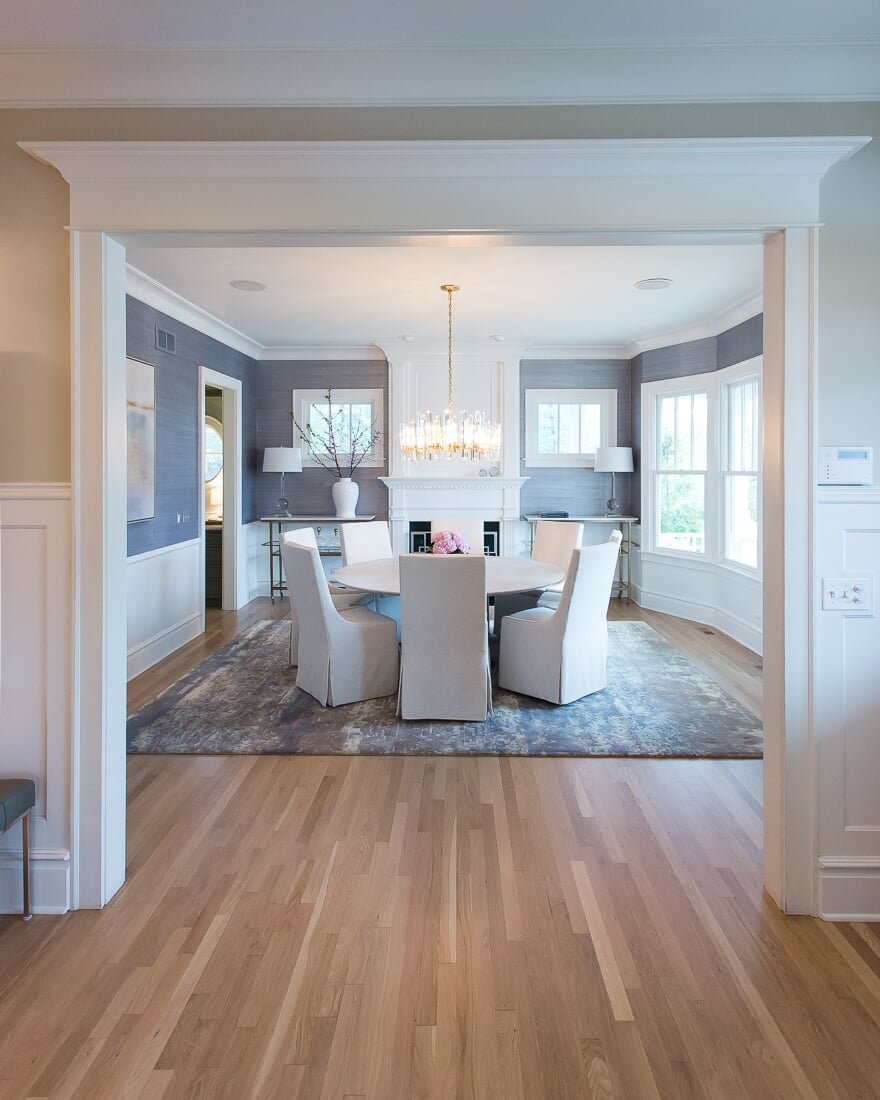 Large area rug in Hinsdale, IL from Carlson's Floors