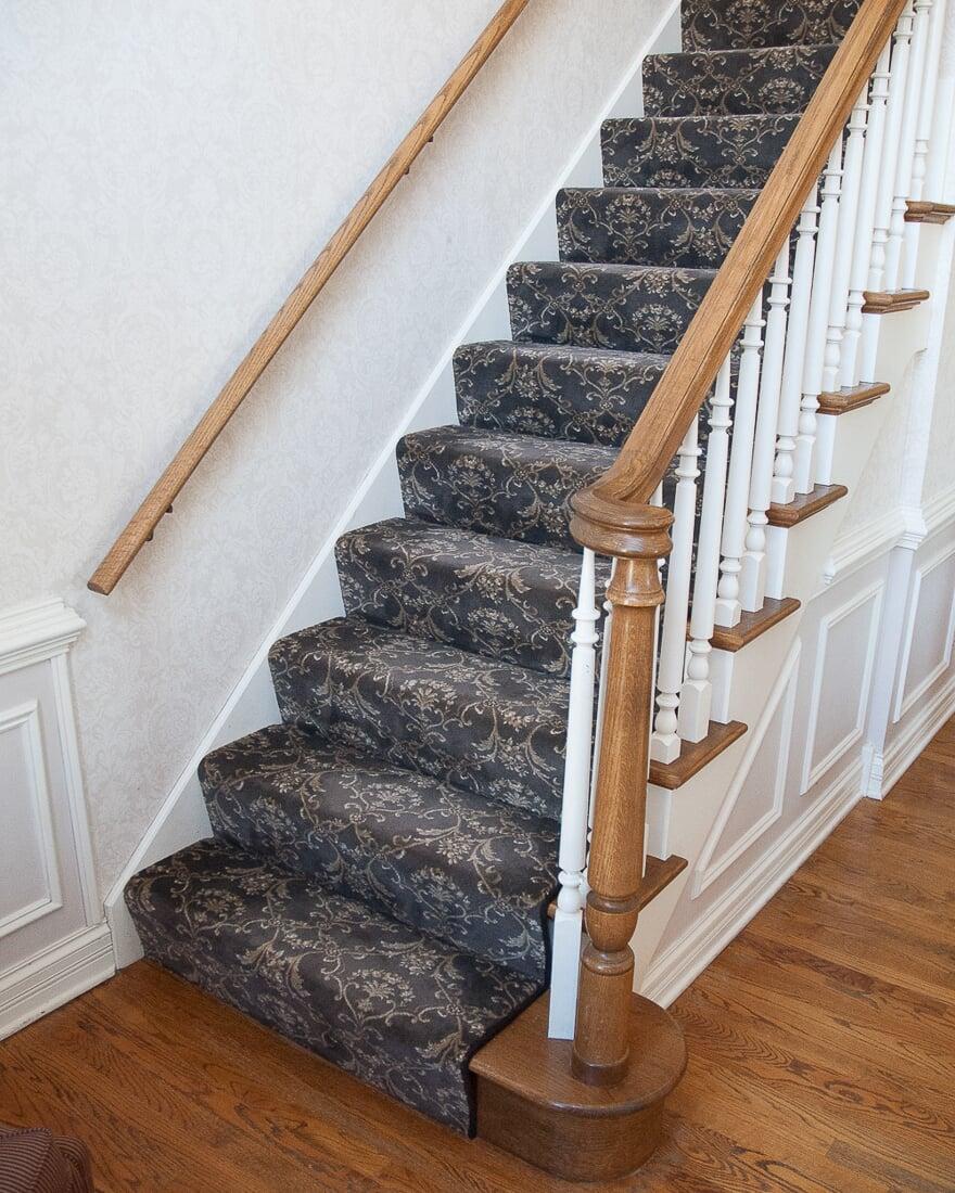 Stanton Scroll stair runner in Geneva, IL from Carlson's Floors