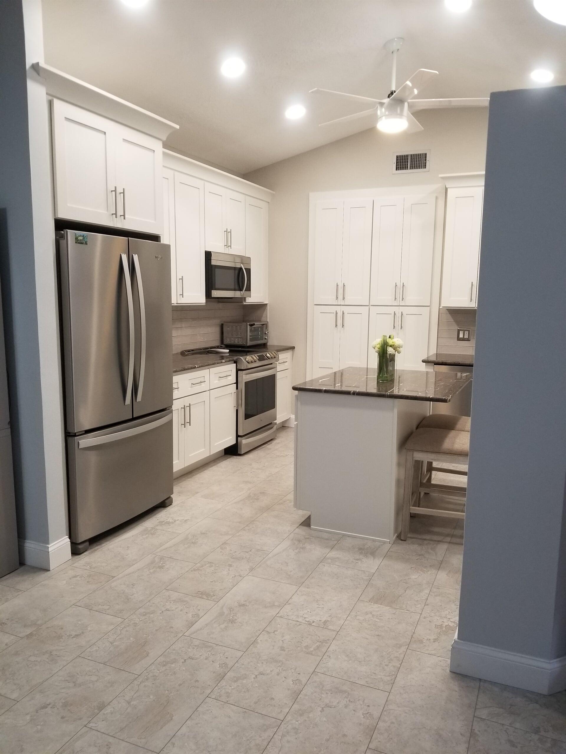 Custom kitchen in Jensen Beach, FL from Agler Kitchen, Bath & Floors