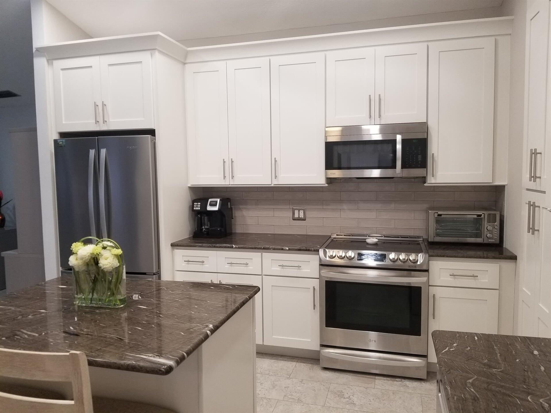 Dark granite counters in Fort Pierce, FL from Agler Kitchen, Bath & Floors