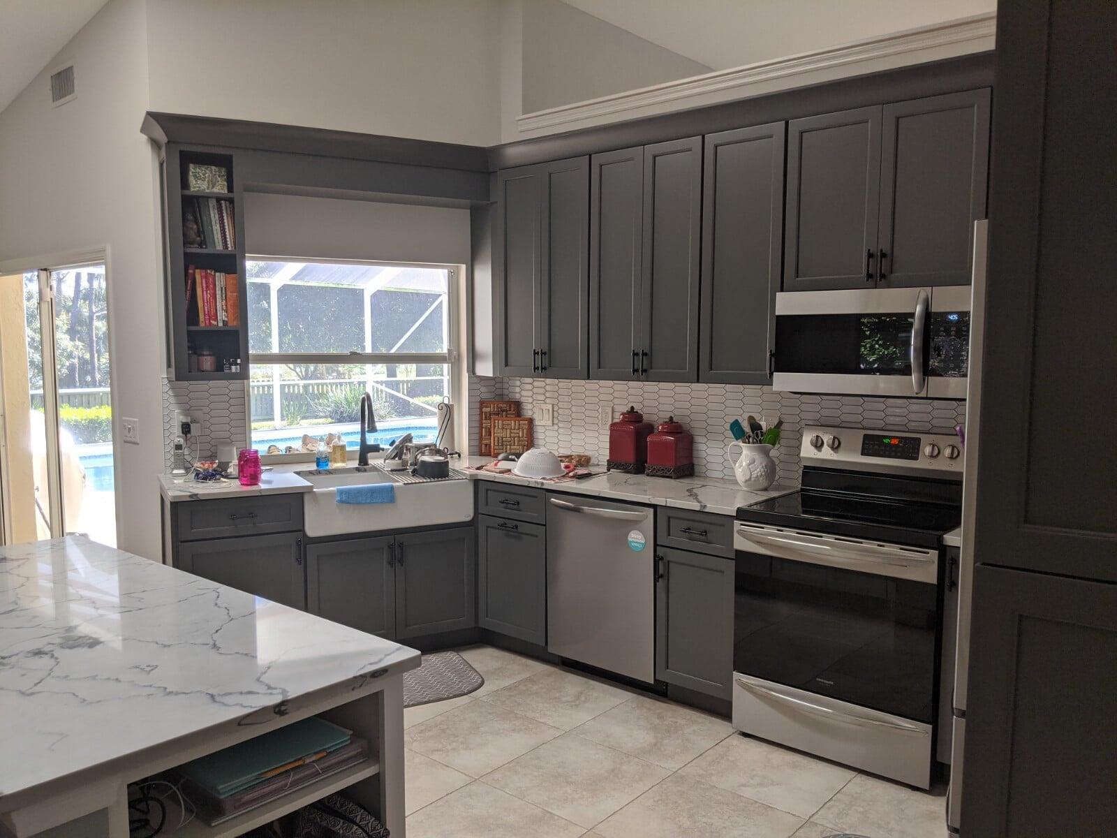 Dark cabinets in Stuart, FL from Agler Kitchen, Bath & Floors