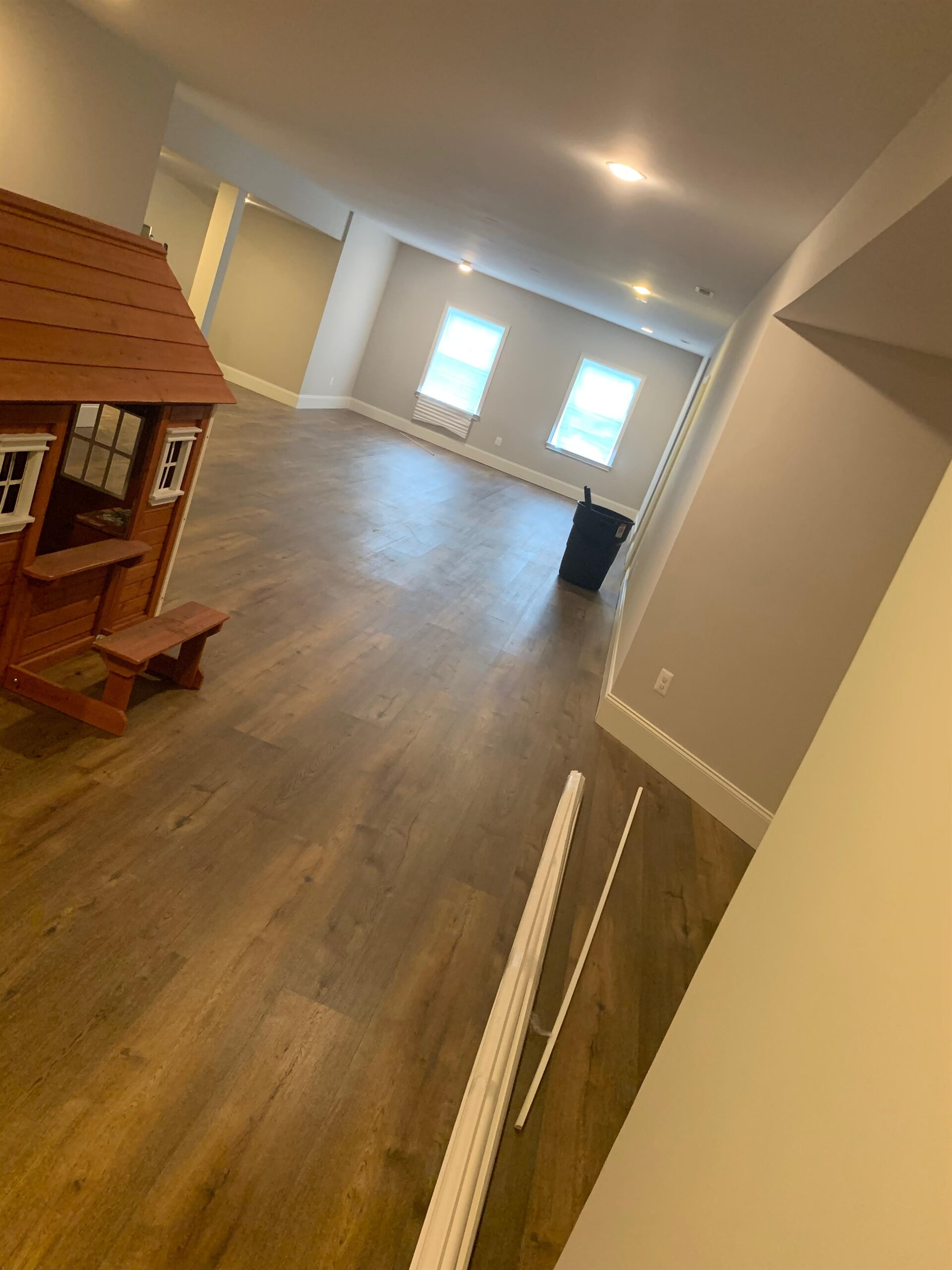 Modern hardsurface flooring installation in a Potomac, MD home