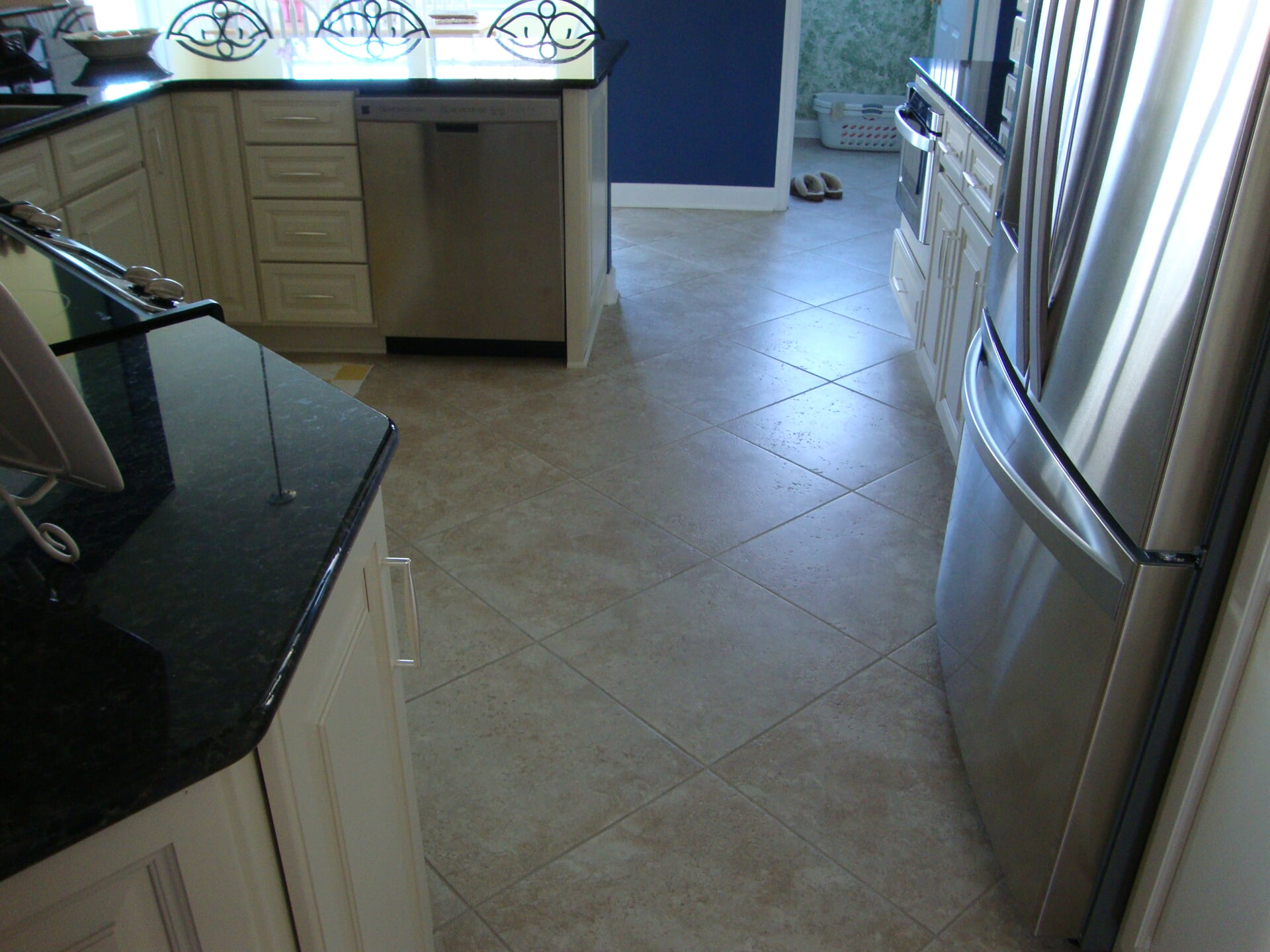 Classic tile floors in Norfolk, VA from Floors Unlimited