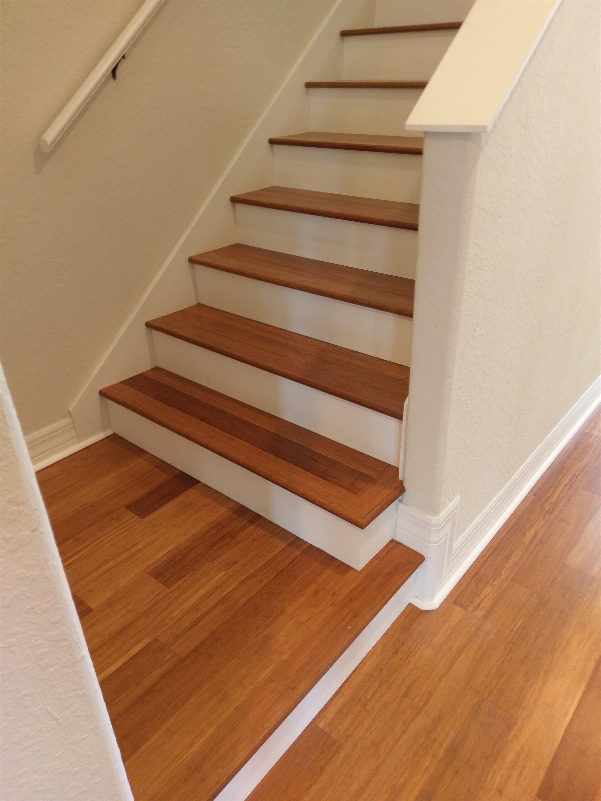 Hardwood stair landing in Dunedin, FL from Floor Depot