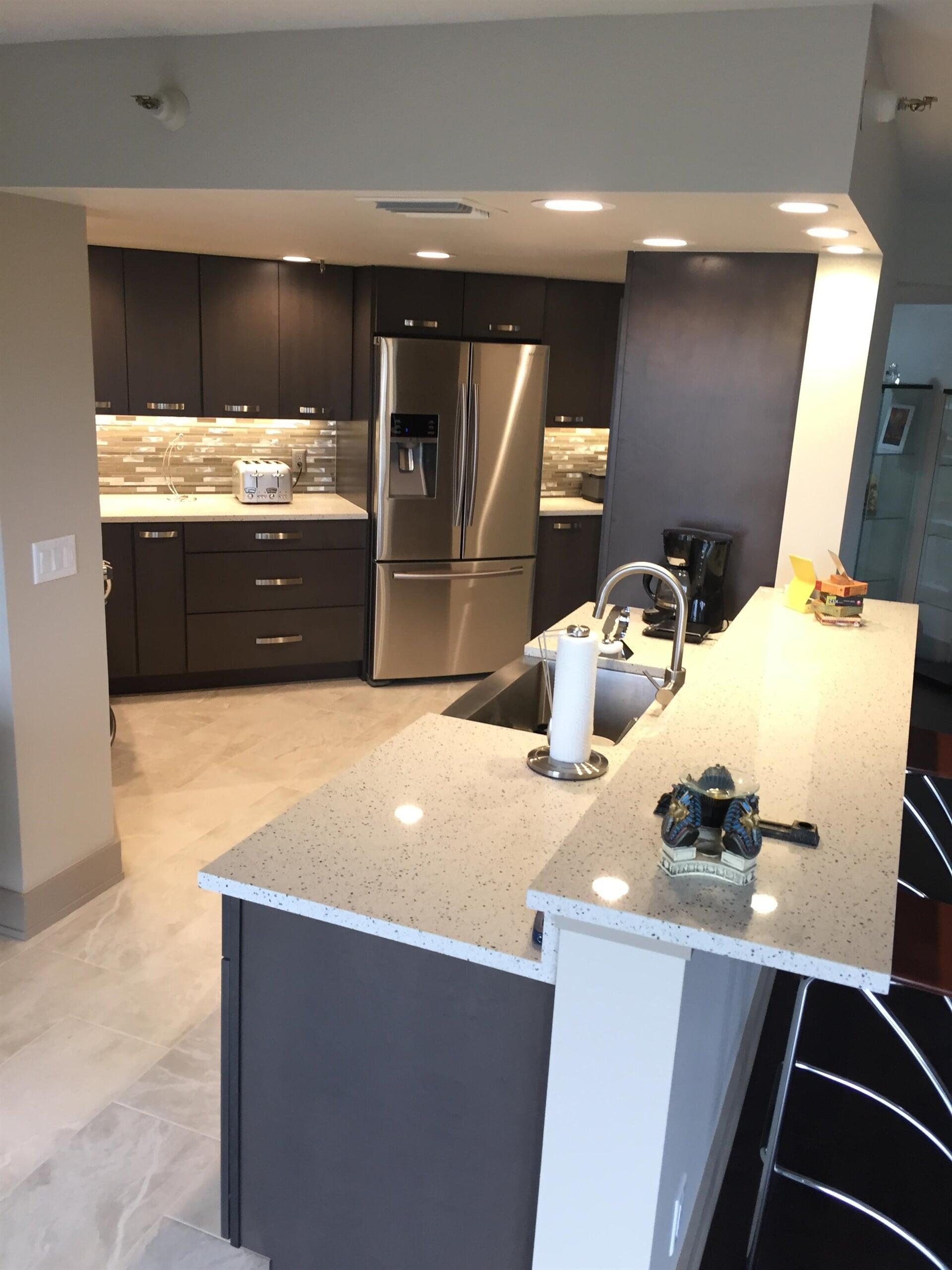 Beautiful kitchen design in Palm Harbor, FL from Floor Depot