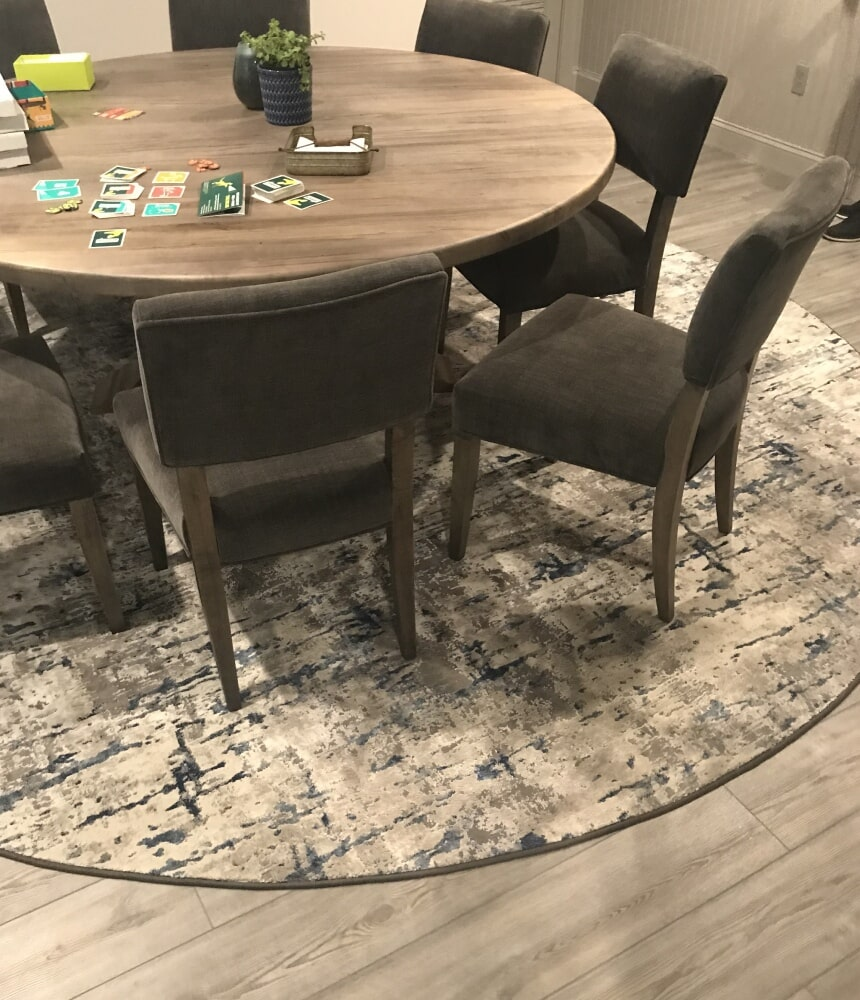 Beautiful area rug in Wethersfield, CT from Custom Floors