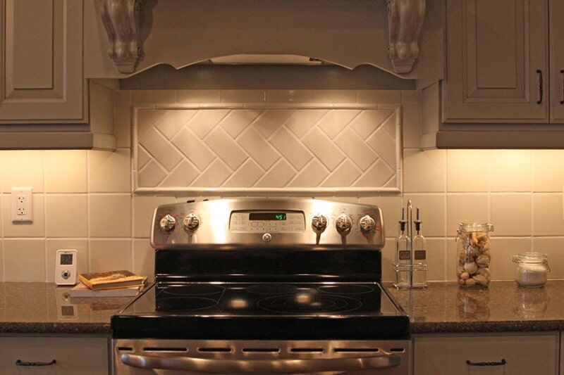 Beautiful backsplash design in Crowsnest Pass, AB from Omega Flooring
