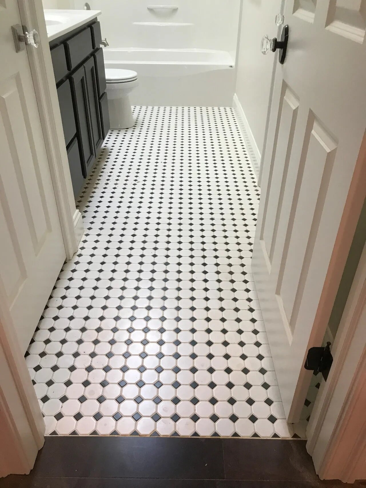 Tile in Mount Wolf, PA from Chuck Kraft Carpets