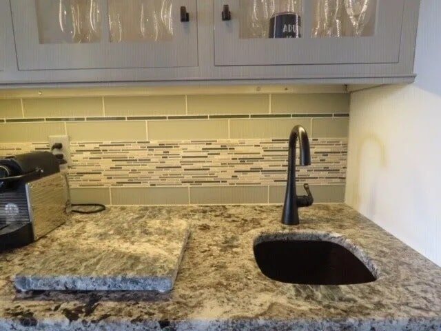 Countertop in Mount Wolf, PA from Chuck Kraft Carpets