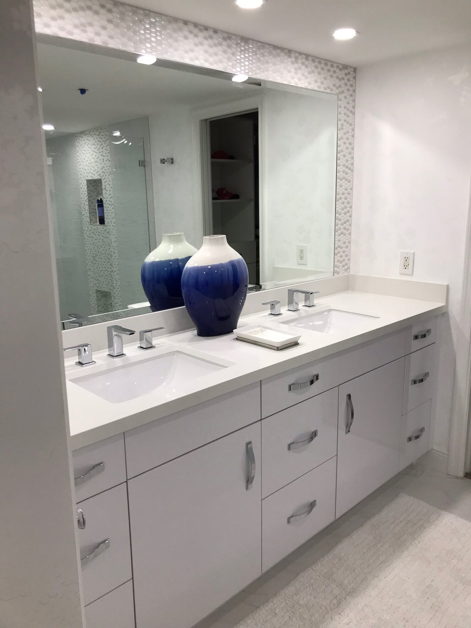 White vanity and countertop in Juno Beach, FL from Floors For You Kitchen & Bath