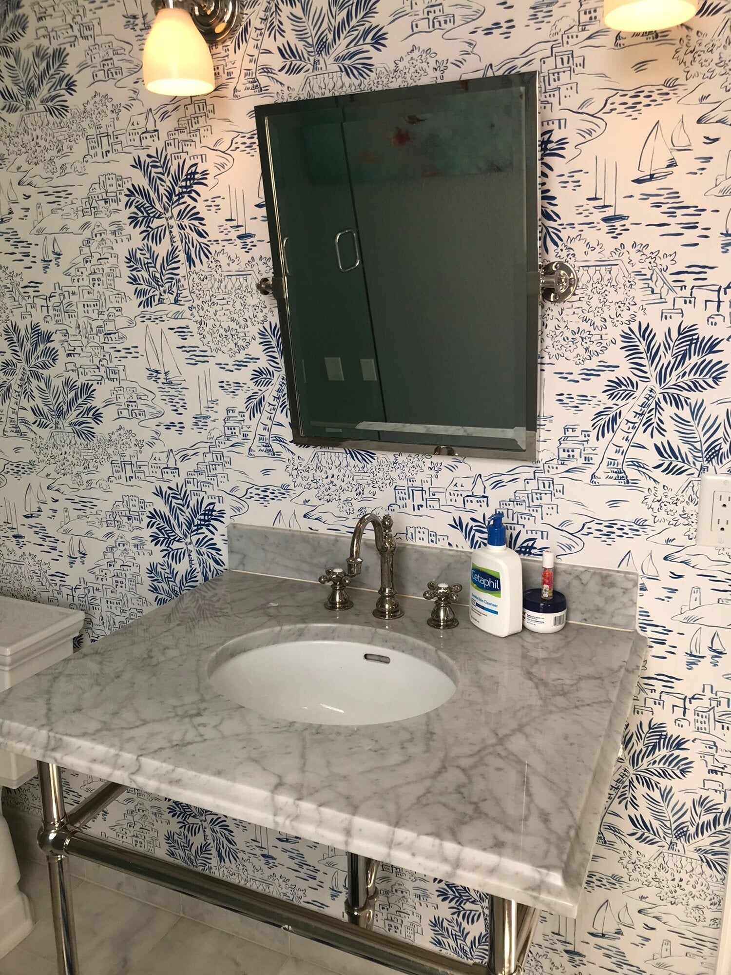 Bathroom wallcovering in Palm Beach Gardens, FL from Floors For You Kitchen & Bath