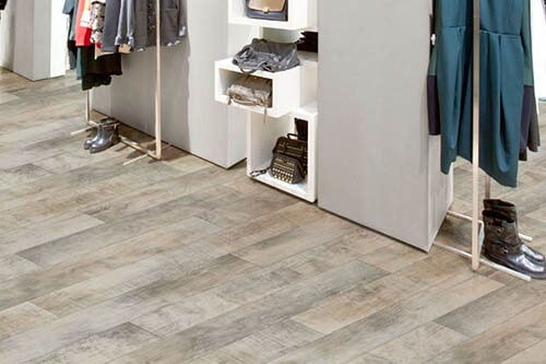 The Minnesota, Iowa, Wisconsin, North Dakota & South Dakota area's best vinyl flooring store is Hiller Stores