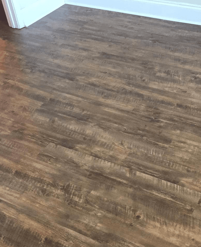 Vinyl plank flooring in Metter, GA from The Warehouse