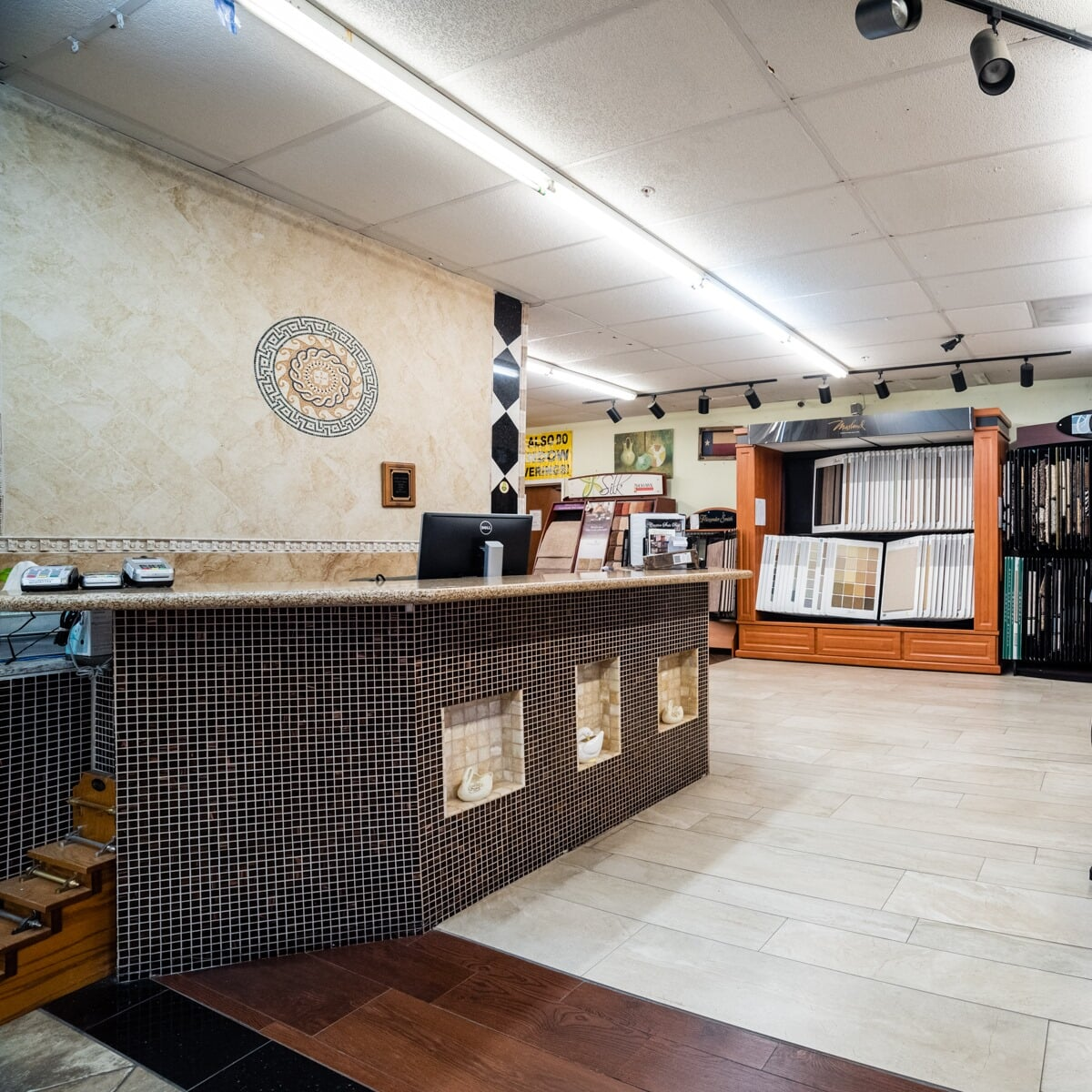 Colony Flooring & Design Inc showroom near Missouri City, TX