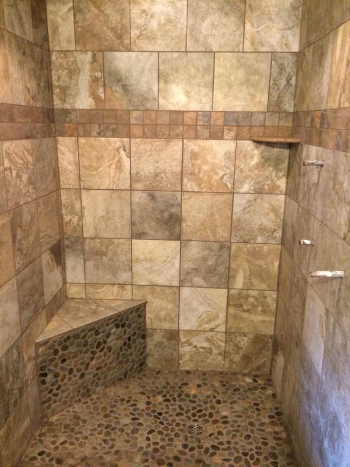 Timeless shower design in Sylvania, AL from R&D Flooring