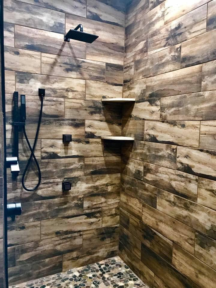 Rustic shower design in Centre, AL from R&D Flooring