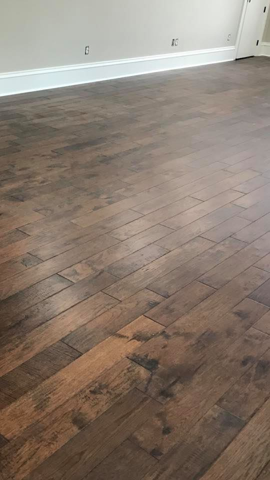 Solid hardwood flooring in Rainsville, AL from R&D Flooring