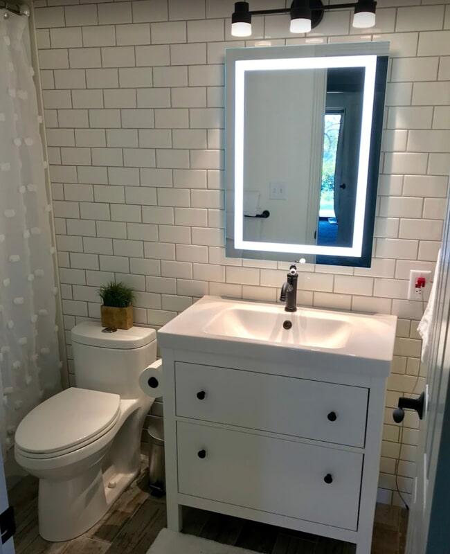 Bathroom tile backsplash in Santa Clara, UT from Sunset Flooring
