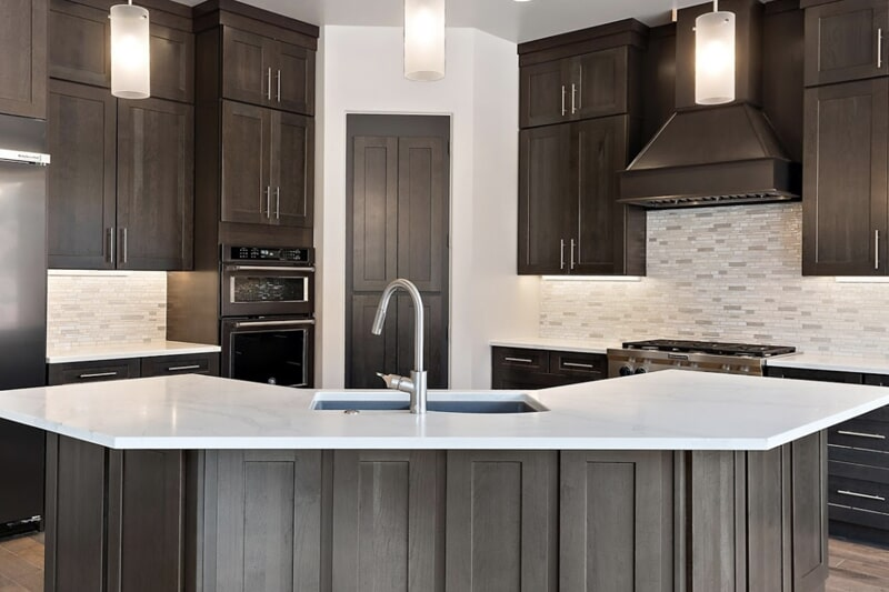 Kitchen cabinetry in Bloomington Hills, UT from Sunset Flooring