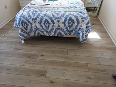 Modern wood floors in Fenwick Island, DE from Room Flippers