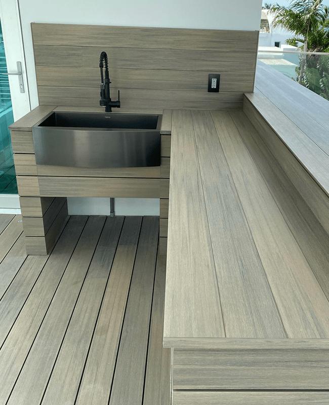 Outdoor kitchen installation in Fountainebleau, FL from Doral Hardwood Floor