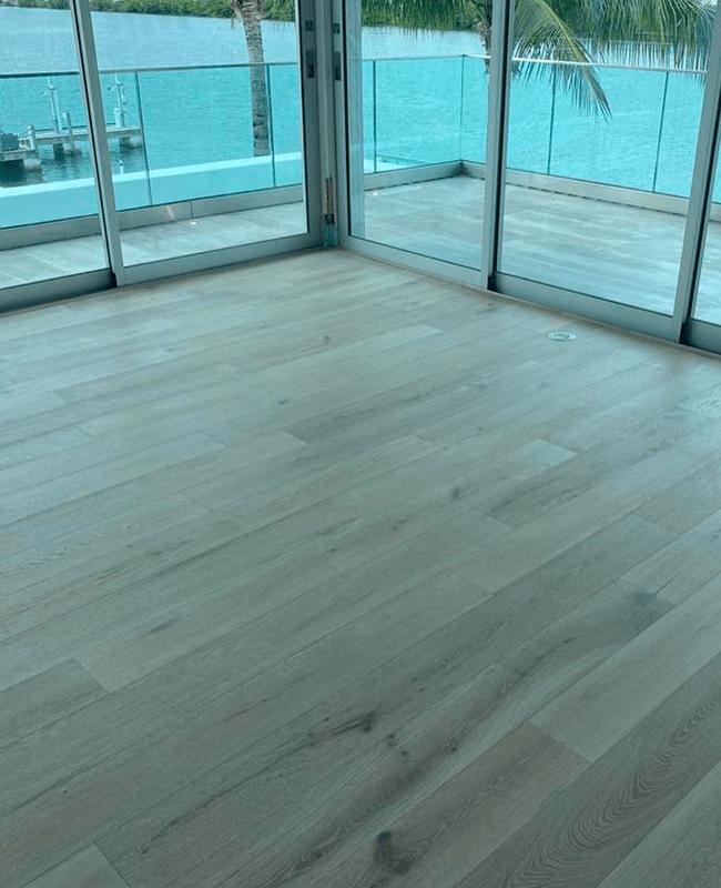 Solid hardwood floors in Hialeah, FL from Doral Hardwood Floor