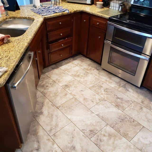 Luxury vinyl tile in Georgetown, KY from Karrianna Flooring