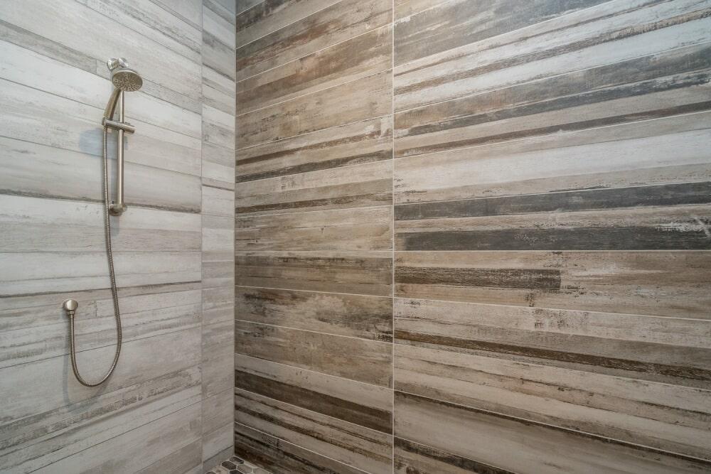 032_Full Bath Shower