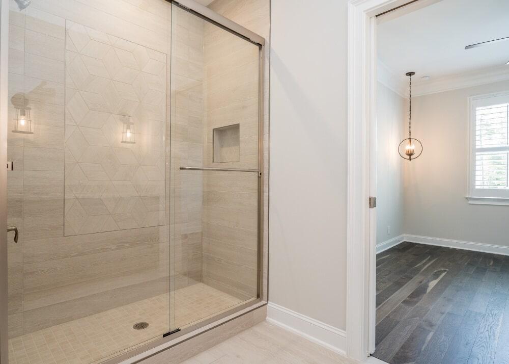 038_ Third Bedroom Bath