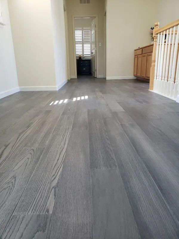 Grey laminate flooring in Roseville, CA from Crestview Flooring Inc