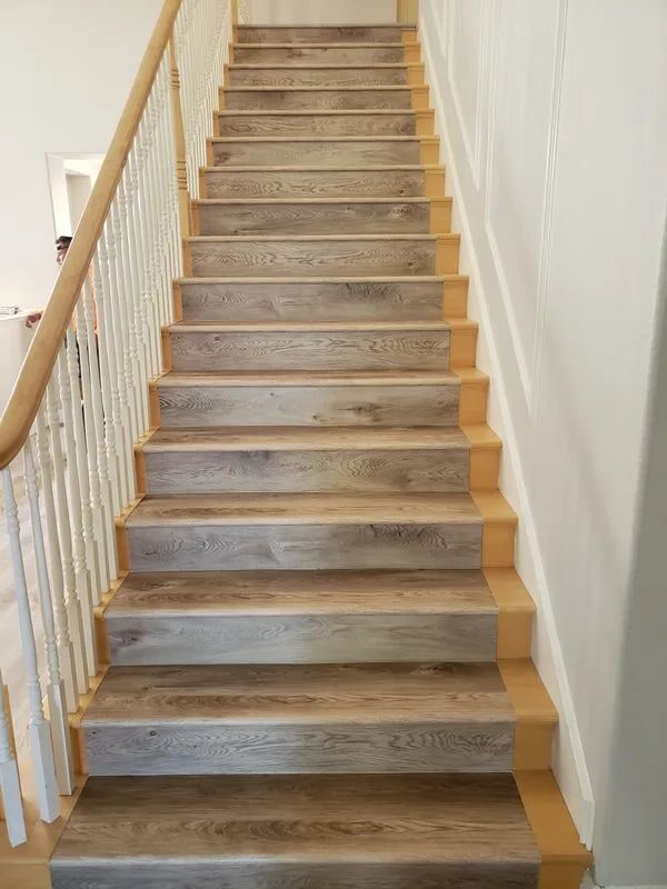 Hardwood stair runner in Rocklin, CA from Crestview Flooring Inc