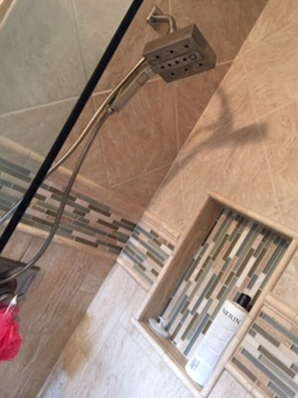 Shower tiles in Osborne, KS from Ellenz of Tipton