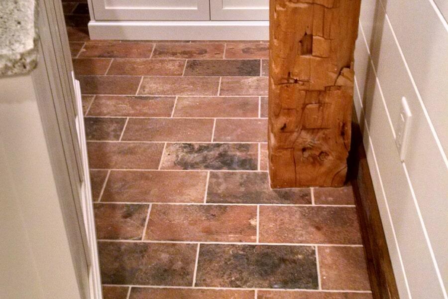 Custom tile backsplash in Arlington, OH from House of Color