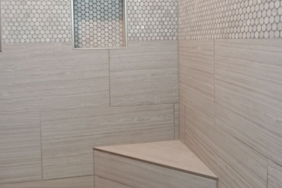 Built in shower seating in Bowling Green, OH from House of Color