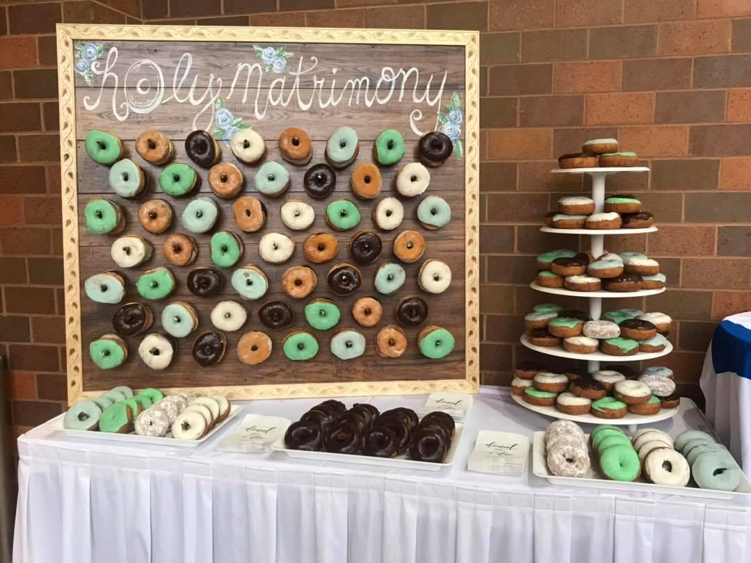 Donut Wedding-min
