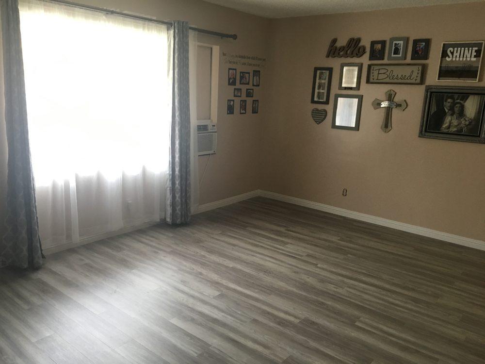 Vinyl plank flooring in Long Beach, CA from B&B Carpets and Flooring