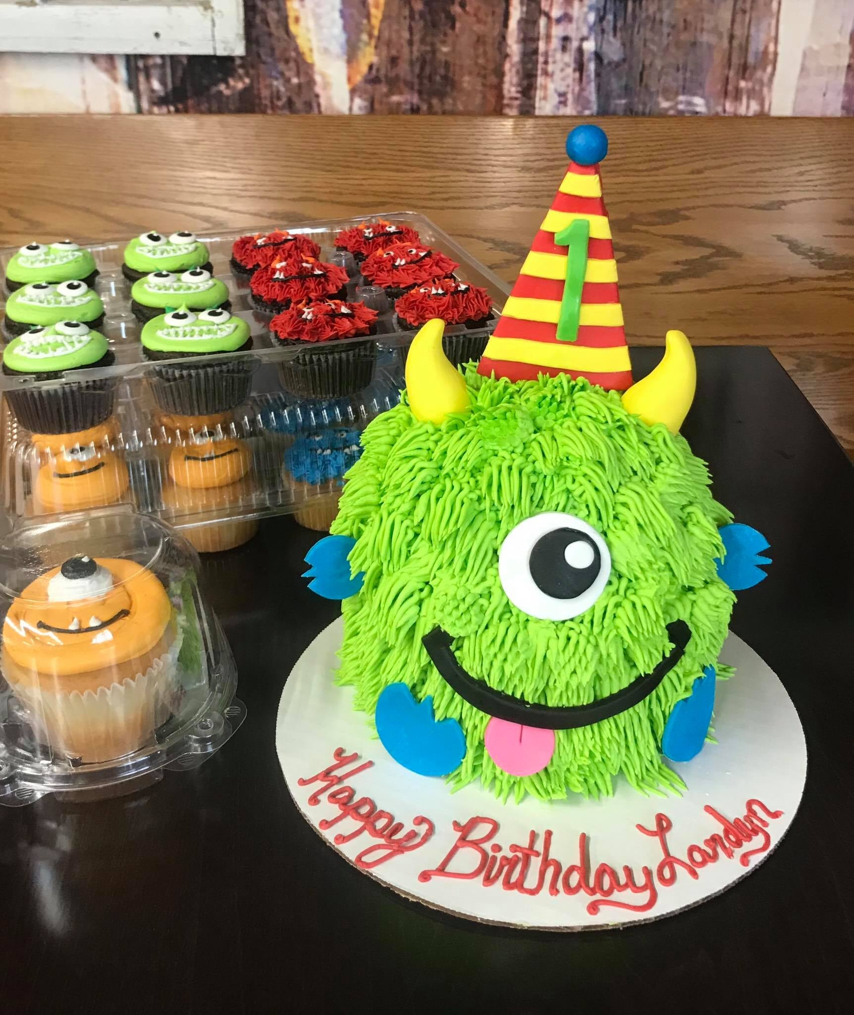 Monsters Inc cake and cupcakes-min