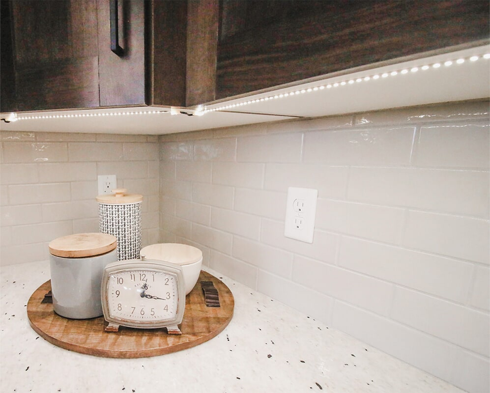 Subway tile backsplash at 'Radharc A' Gleann' from Pioneer Floor Coverings & Design