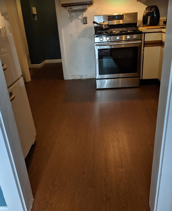 Laminate flooring in Cortland, OH from Satolli Carpet & Floor Covering
