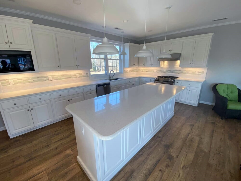 Contemporary kitchen design in Wilson, NC from Richie Ballance Flooring & Tile