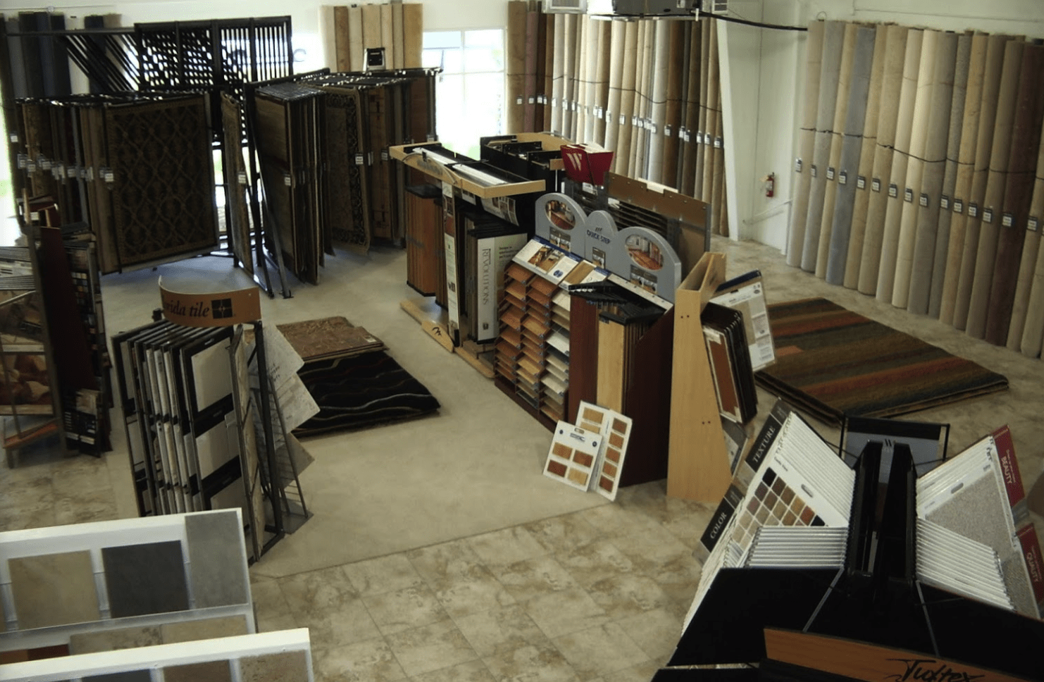 Modern flooring products for your LaBelle, FL home from Floor-Mart
