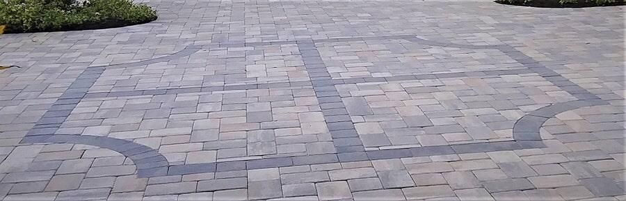 Custom paver design in Venice, FL from Manasota Flooring