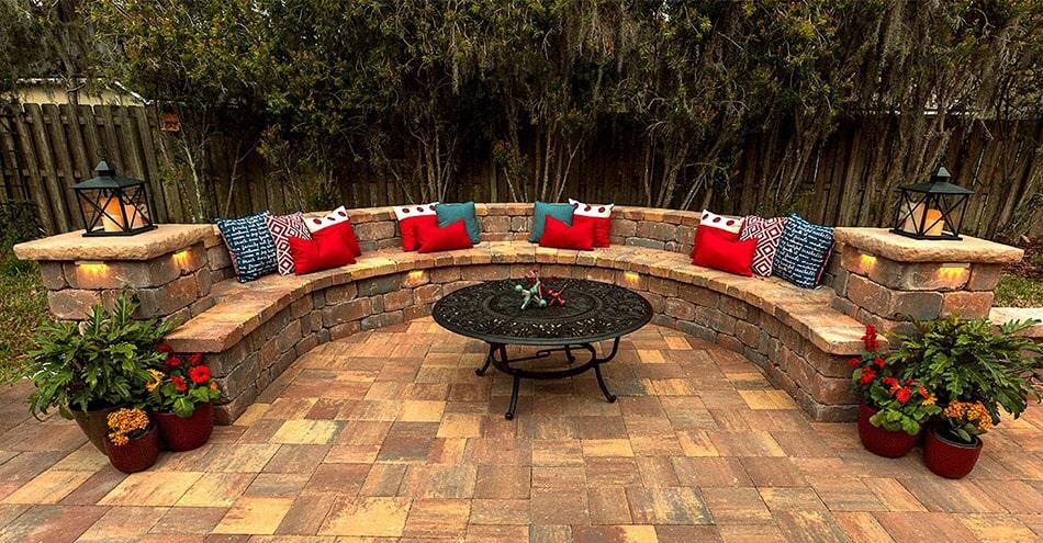 Brick paver bench seating in Bradenton, FL from Manasota Flooring