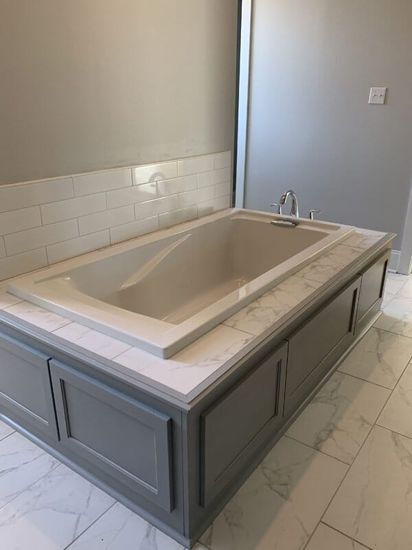 Custom tub surround in Donaldsonville, LA from Marchand's Interior & Hardware