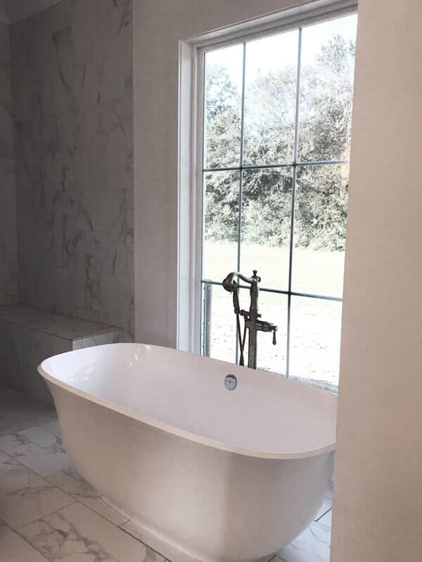 Soaking tub in Baton Rouge, LA from Marchand's Interior & Hardware