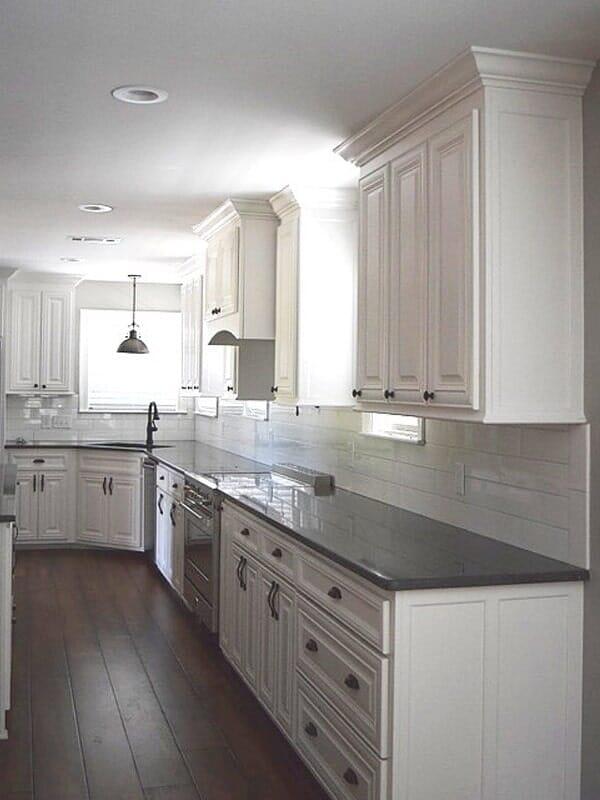 White cabinets in Prairieville, LA from Marchand's Interior & Hardware